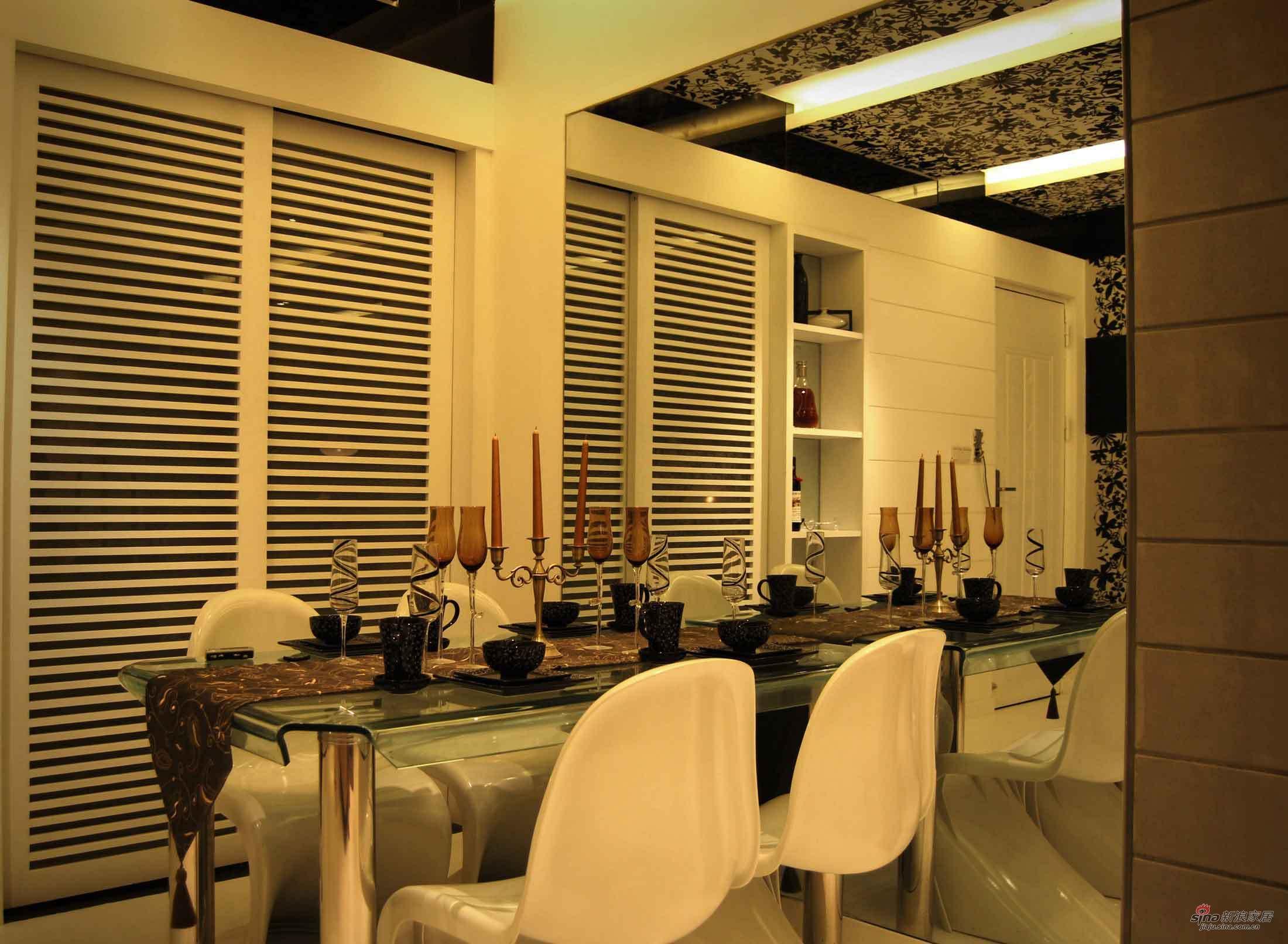 中式 二居 餐厅图片来自用户1907696363在龙年行大运 10万给你85平中式大气家46的分享