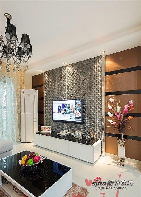 简约 二居 客厅图片来自用户2737950087在80后爱侣5.6万装95平两居简约婚房70的分享