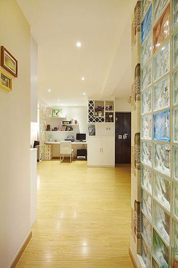 简约 二居 客厅图片来自用户2558728947在5.6万装修95平米唯美家居33的分享