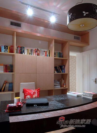 简约 二居 书房图片来自用户2738829145在清浅温馨72平耐看二居室91的分享