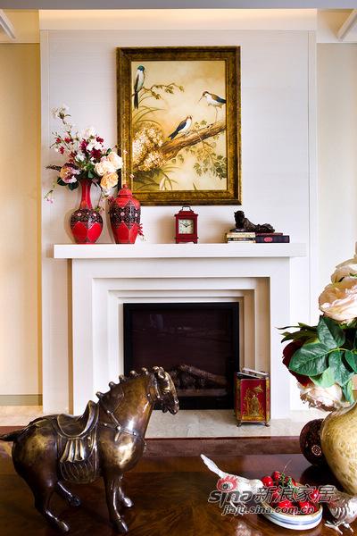 欧式 三居 书房图片来自用户2772856065在153方欧式风演绎绝美经典3居室69的分享