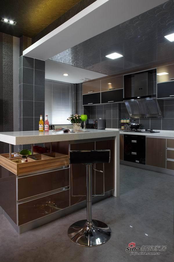 现代 四居 厨房图片来自用户2772840321在少妇魅装170平勾魂4居爱巢31的分享