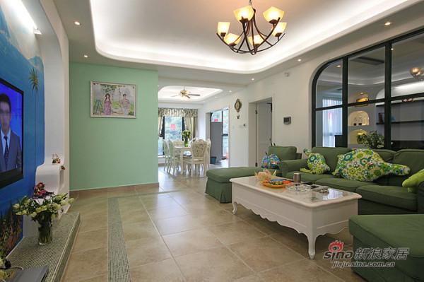 简约 一居 客厅图片来自用户2739081033在彩云之南热带风光简约小宅15的分享
