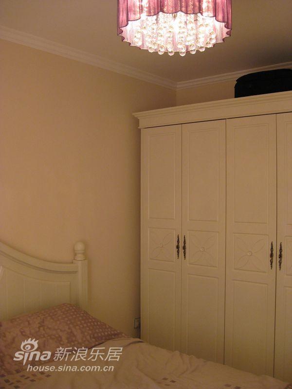 简约 二居 卧室图片来自用户2739378857在老房华丽翻新17的分享