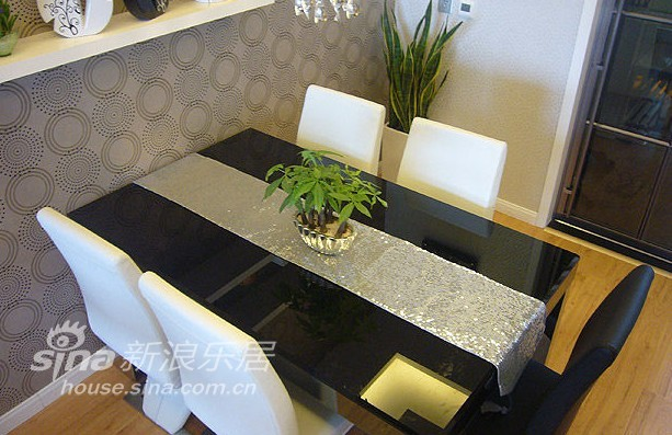 欧式 复式 客厅图片来自用户2746889121在十芳殿28的分享