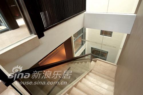 中式 别墅 楼梯图片来自wulijuan_16在春亭装潢 新中式滨海御庭T1型别墅67的分享