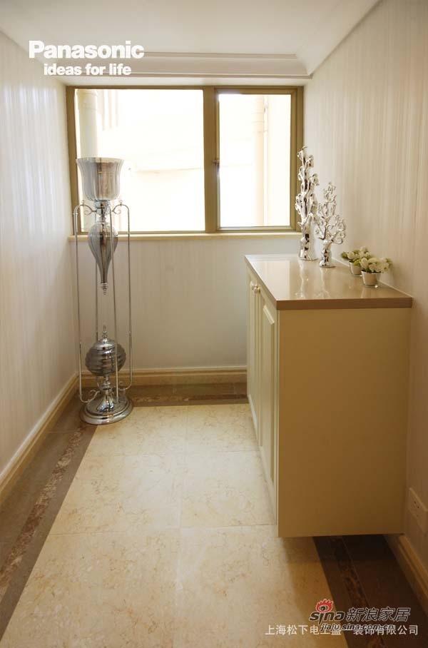 欧式 三居 客厅图片来自用户2746889121在松下盛一:金色世家39的分享