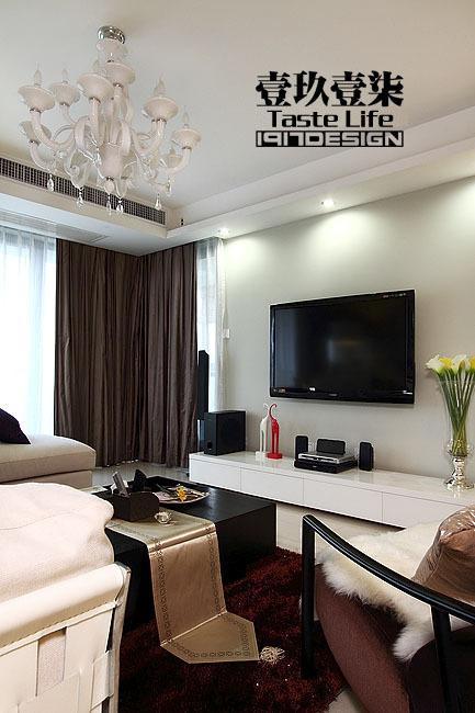 混搭 三居 客厅图片来自用户1907655435在【高清】半包13.5万装152平睿简混搭40的分享