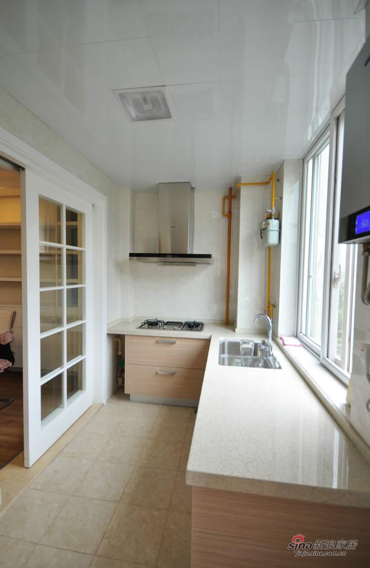 简约 三居 厨房图片来自用户2737786973在152㎡现代简约公寓83的分享