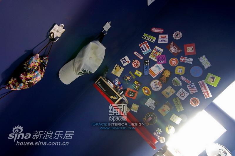 简约 二居 客厅图片来自用户2737782783在loft-III-【象屿都城】—缤视智造98的分享