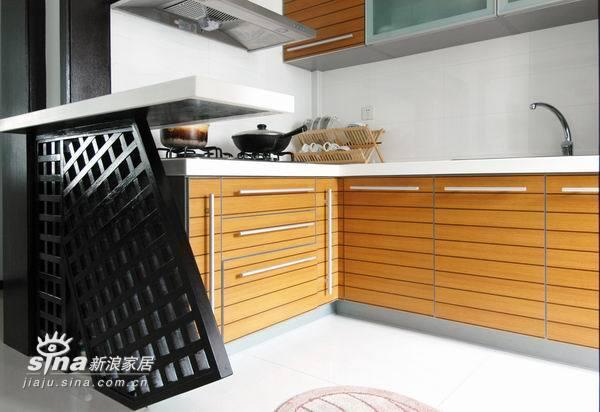 简约 三居 厨房图片来自用户2745807237在换季装修 惊艳变装55的分享