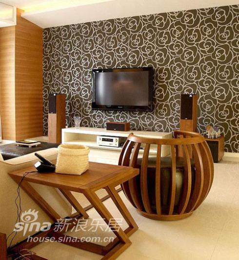 简约 三居 客厅图片来自用户2557010253在小夫妻携手打造色调明快品位家44的分享