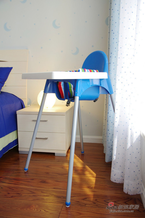 儿童房床头