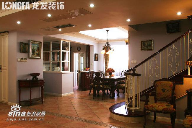 欧式 三居 餐厅图片来自用户2746948411在欧洲古典主义风格--依云小镇19的分享