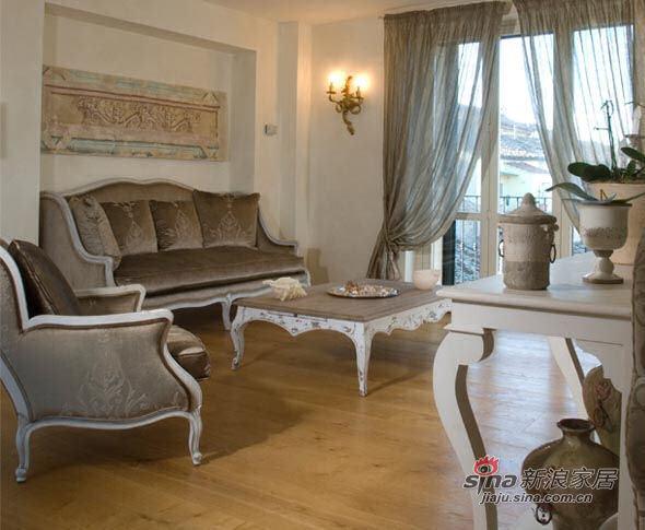 欧式 别墅 客厅图片来自用户2772873991在感受来自地中海的意式田园20的分享