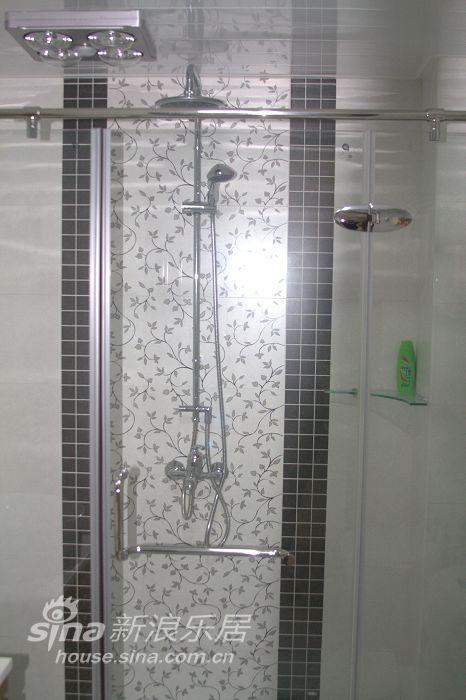 简约 一居 卫生间图片来自用户2737950087在实景简约现代56的分享