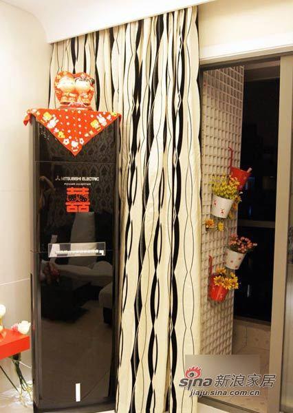 田园 二居 客厅图片来自用户2737791853在爱美MM自装67平粉嫩童话两居31的分享