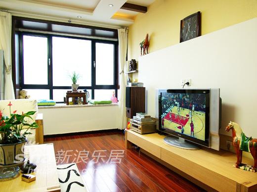 简约 三居 客厅图片来自用户2738820801在大兴时代82的分享