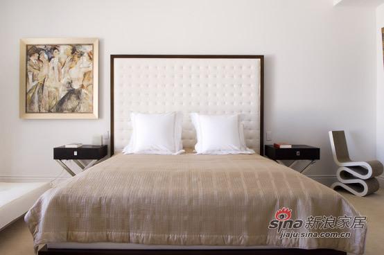 简约 三居 卧室图片来自用户2558728947在210平舒适温馨白色酷玩地带50的分享