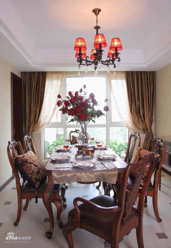 餐具和饰品都精心设计