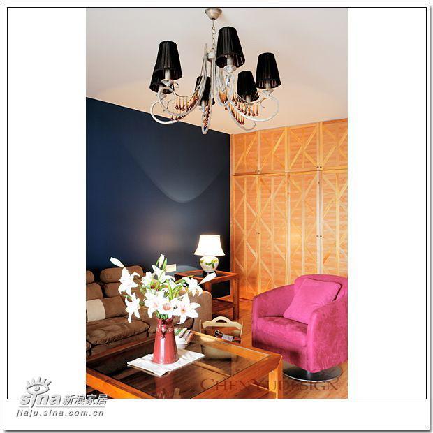 简约 四居 客厅图片来自用户2739378857在2006设计跟踪~·~·~深蓝浅蓝~·~·~17的分享