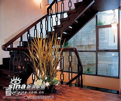 中式 别墅 楼梯图片来自wulijuan_16在浙江水木清华别墅示范单位18的分享