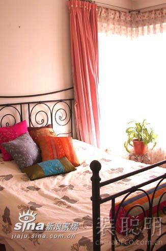 其他 二居 卧室图片来自用户2558746857在温馨两居室 享受城市里的桃源生活237的分享