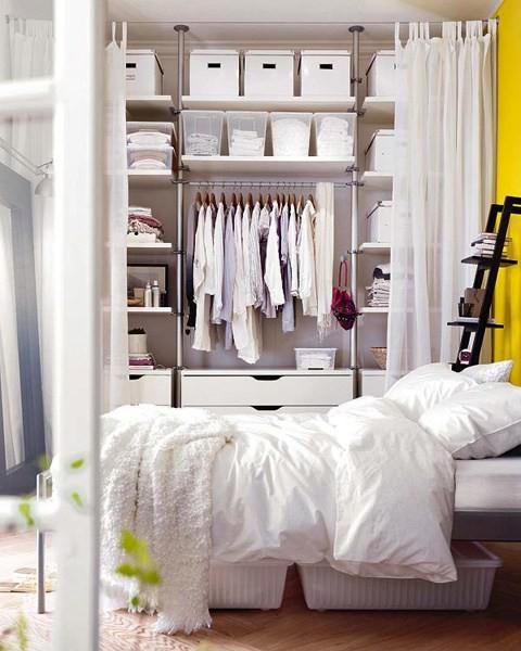简易的卧室衣柜,储物很强大