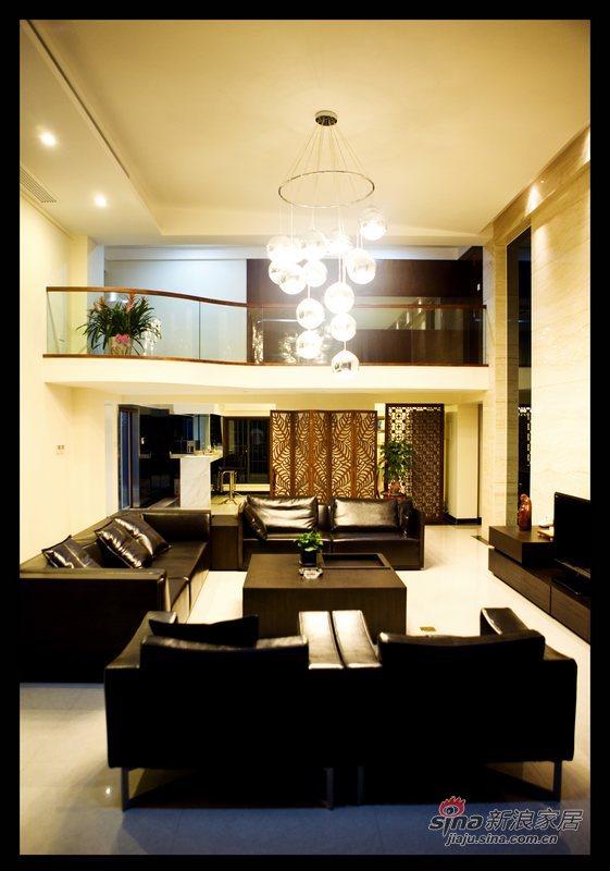 简约 复式 客厅图片来自用户2739378857在典雅情调复式62的分享
