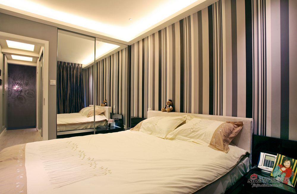 简约 复式 卧室图片来自用户2556216825在15万打造时尚精美的挪威的森林35的分享