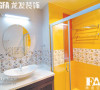 颜色鲜明的卫浴室