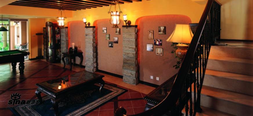 欧式 二居 客厅图片来自用户2772873991在家具搭配诠释浪漫爱情39的分享
