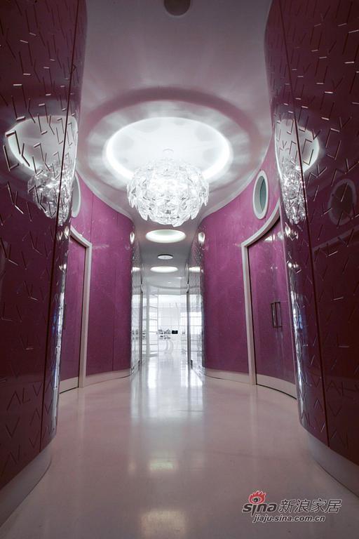 简约 别墅 客厅图片来自用户2559456651在米兰ALV时装店室内设计22的分享