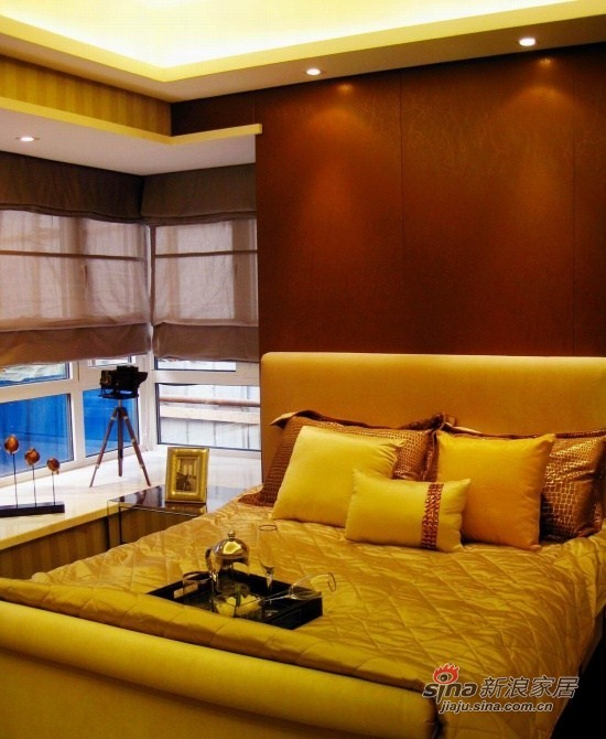 现代 三居 卧室图片来自xiaowu_15在98平怀旧现代3居花10万58的分享