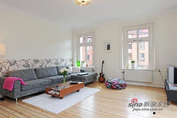 欧式 三居 客厅图片来自用户2757317061在北欧风格公寓 优雅而精致27的分享