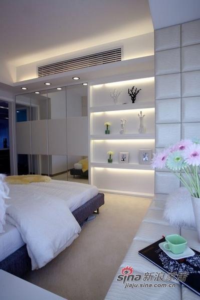 简约 二居 卧室图片来自用户2556216825在白领8万打造110平简约婚房51的分享