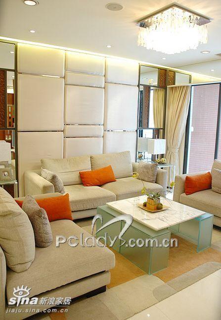 简约 四居 客厅图片来自用户2737782783在时代玫瑰园三期样板间38的分享
