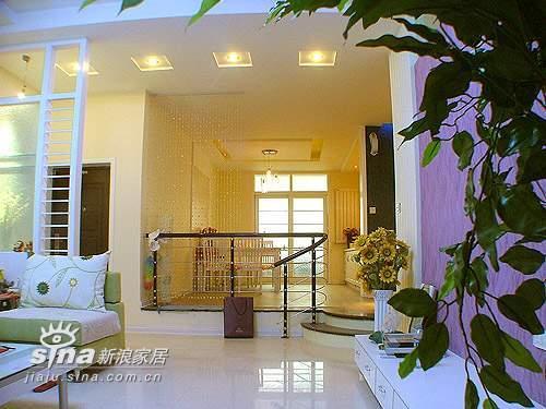 简约 跃层 客厅图片来自用户2737786973在8万打造的170平方60的分享
