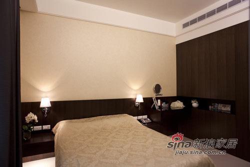 新古典 三居 卧室图片来自用户1907664341在中西合璧 打造吉祥富貴宅邸43的分享