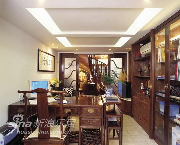 中式 别墅 书房图片来自用户2757926655在环湖庄园50的分享