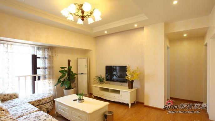 简约 三居 客厅图片来自用户2745807237在130平现代风格大气三口之家90的分享
