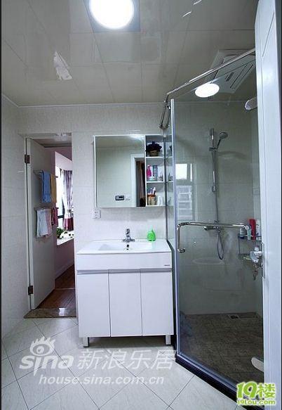 简约 三居 客厅图片来自用户2739378857在我的专辑901277的分享