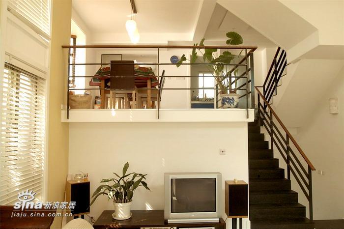 中式 别墅 楼梯图片来自用户2757926655在轻快的新中式28的分享