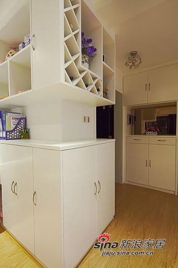 简约 二居 玄关图片来自用户2559456651在6.8万打造98平两室一厅一温馨家76的分享
