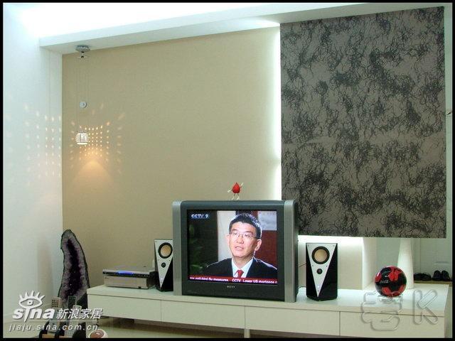简约 二居 客厅图片来自用户2738845145在博美诗邦样板间76的分享