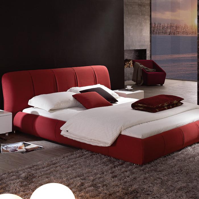 空间秀宝贝 简约 时尚 布艺床 红色图片来自用户2738813661在我们都喜欢~~嘻嘻的分享