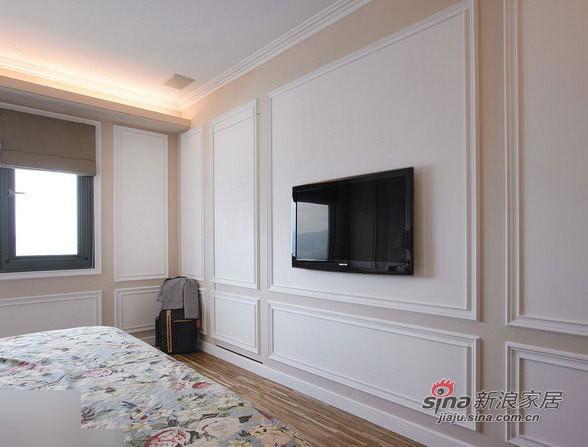 挂壁式电视机。