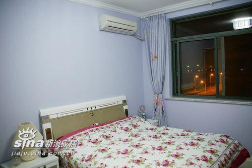简约 二居 客厅图片来自用户2738845145在5万元打造的温带馨阁楼小家82的分享