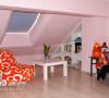 阁楼打造的小小休闲室