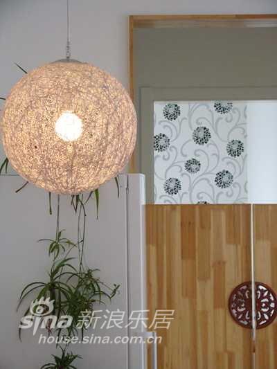 简约 二居 客厅图片来自用户2559456651在75平婚房完美装修(实景)12的分享